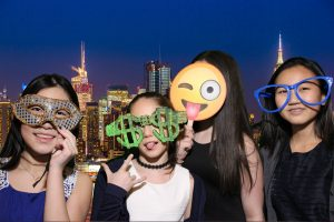 Photo Booth Rental - GGreen Screen Photo booth in New York City -Brooklyn -New Jersey - Manhattan - Queens - Long Island