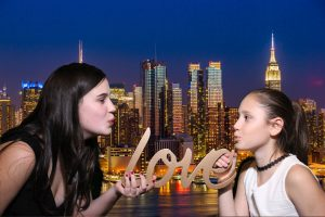 Photo Booth Rental - Green Screen Photo booth in New York City -Brooklyn -New Jersey - Manhattan - Queens - Long Island